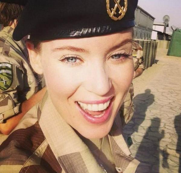 عکس دختران زیبای ارتشی در کشورهای مختلف