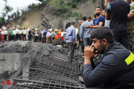 وزیر تعاون علت انفجار معدن آزادشهر را تعویض باتری داخل تونل اعلام کرد